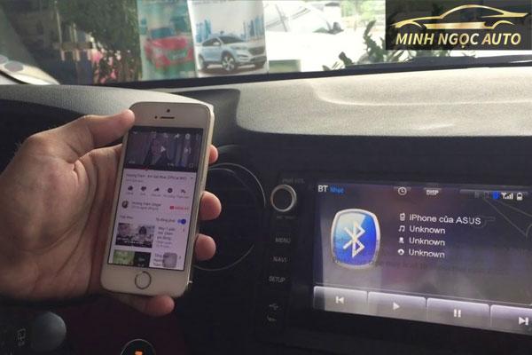 cách kết nối bluetooth điện thoại với ô tô