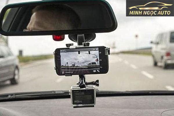 camera hành trình có ghi âm không