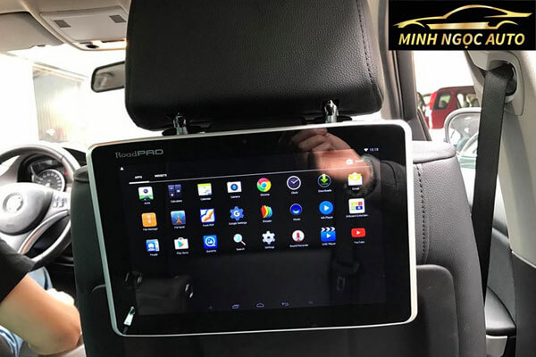 màn hình ô tô 2